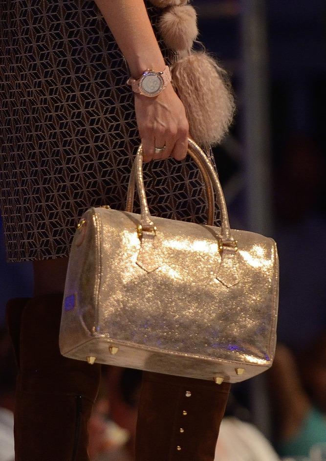 сумка женская золотая