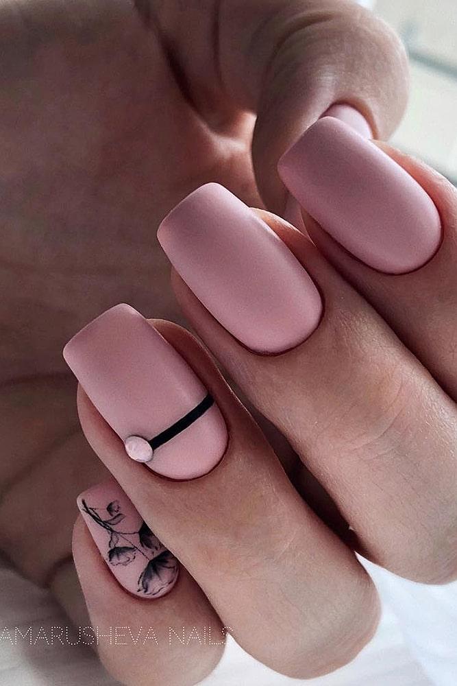 матовый маникюр розовый