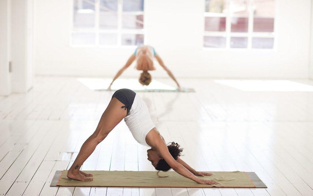йога для начинающих асана 4