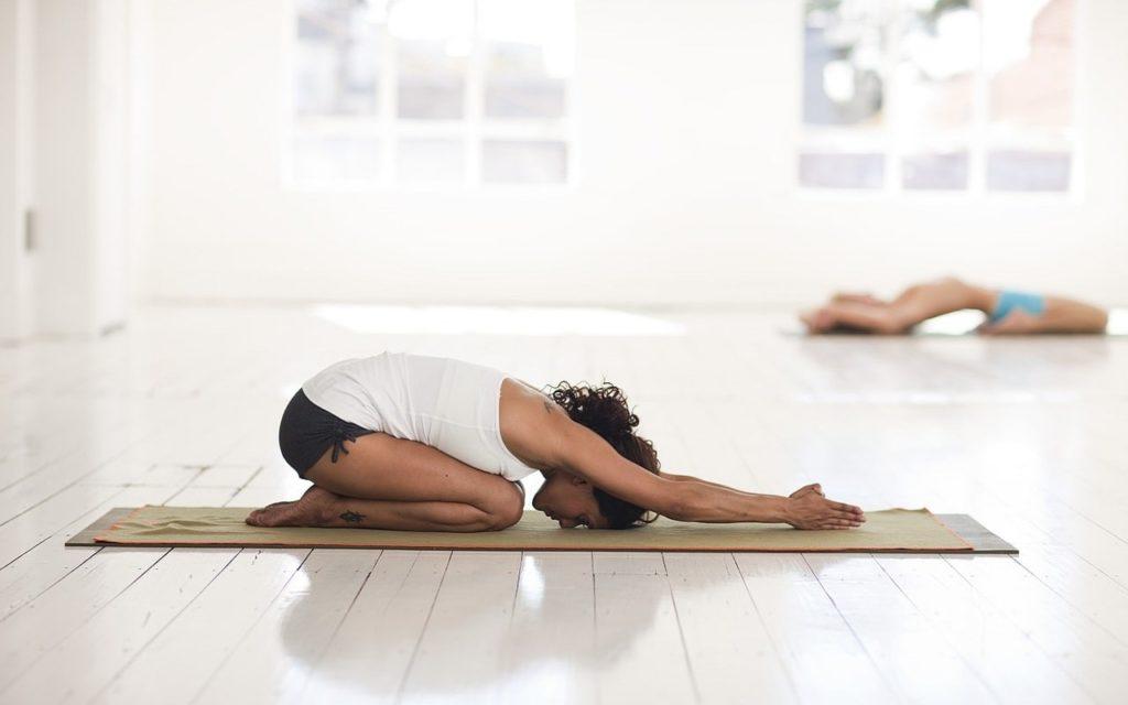йога для начинающих асана 3