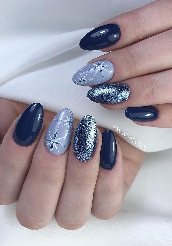 втирка для ногтей в синих тонах