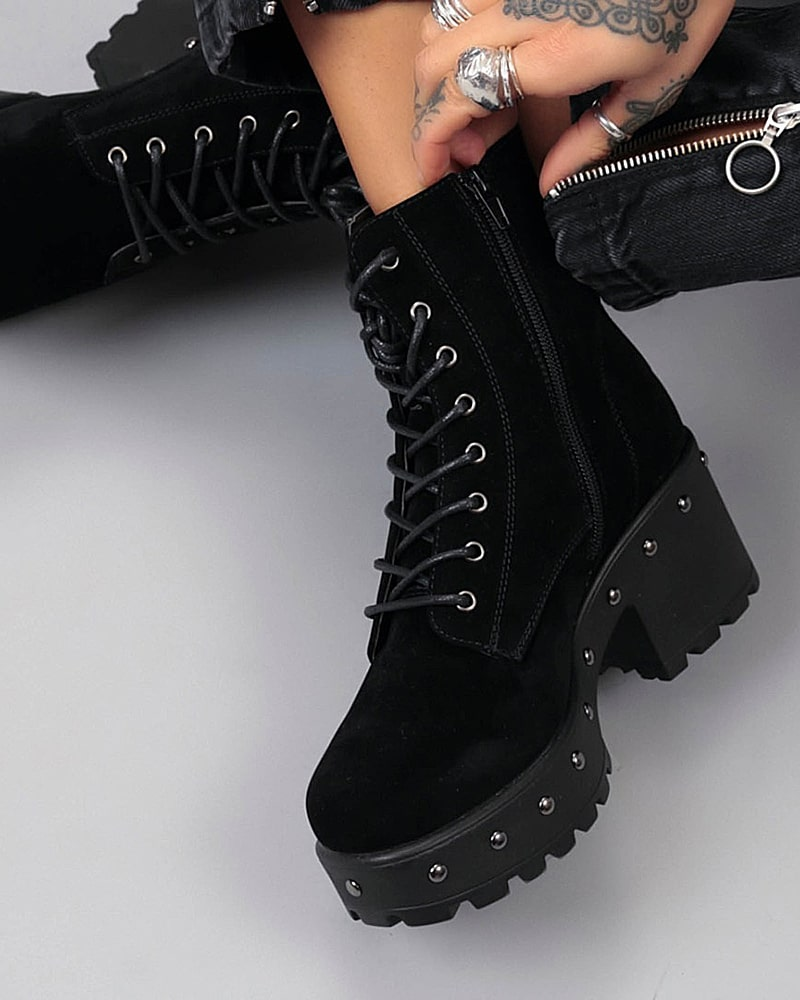 модная обувь ботинки замшевые заклепки