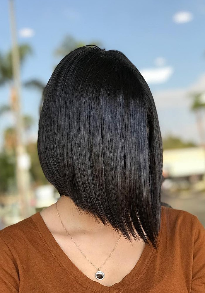 стрижки на средние волосы брюнетка