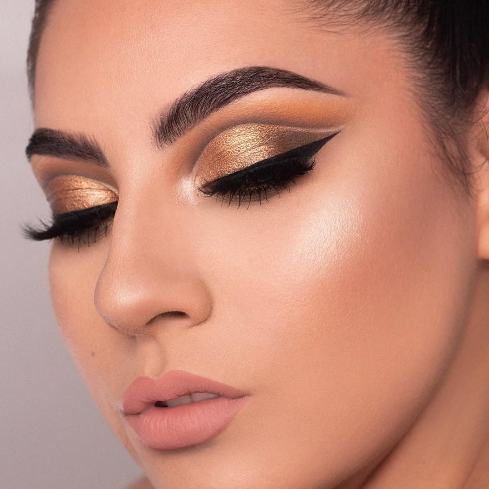 макияж глаз золото