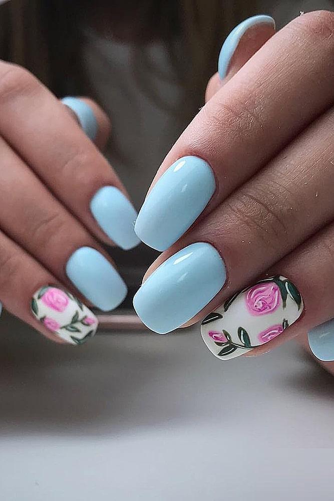 модный маникюр голубой розы