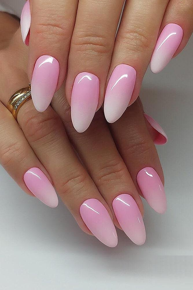 модный маникюр розовый градиент
