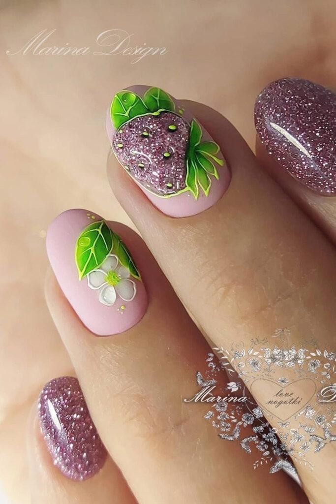 летний маникюр фруктовый цветочный декор светоотражающий гельлак
