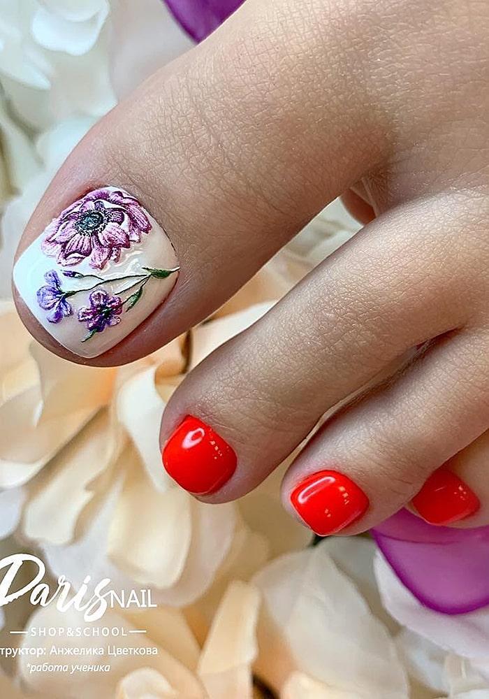модный педикюр цветы оранж