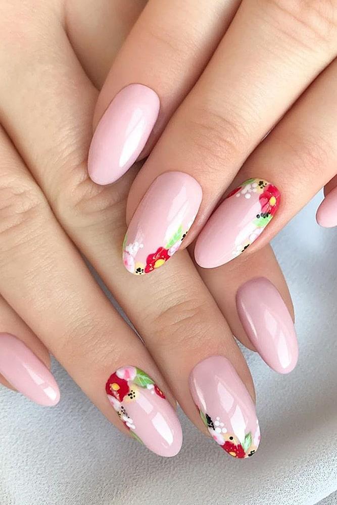 красивый маникюр розовый