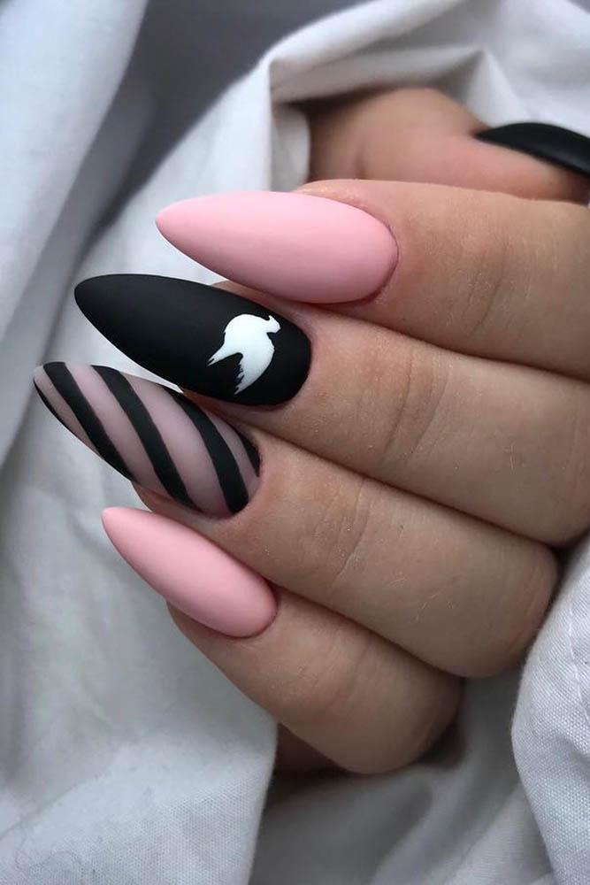 матовый маникюр черно розовый