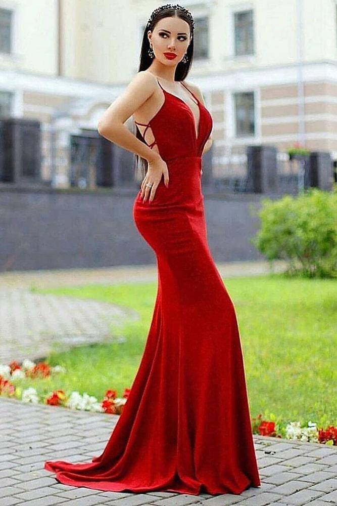 коктейльные платья макси алое
