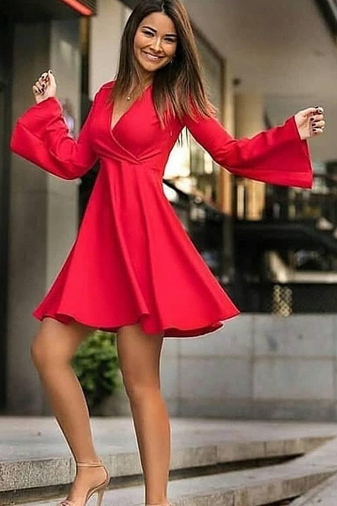 коктейльные платья рукава клеш
