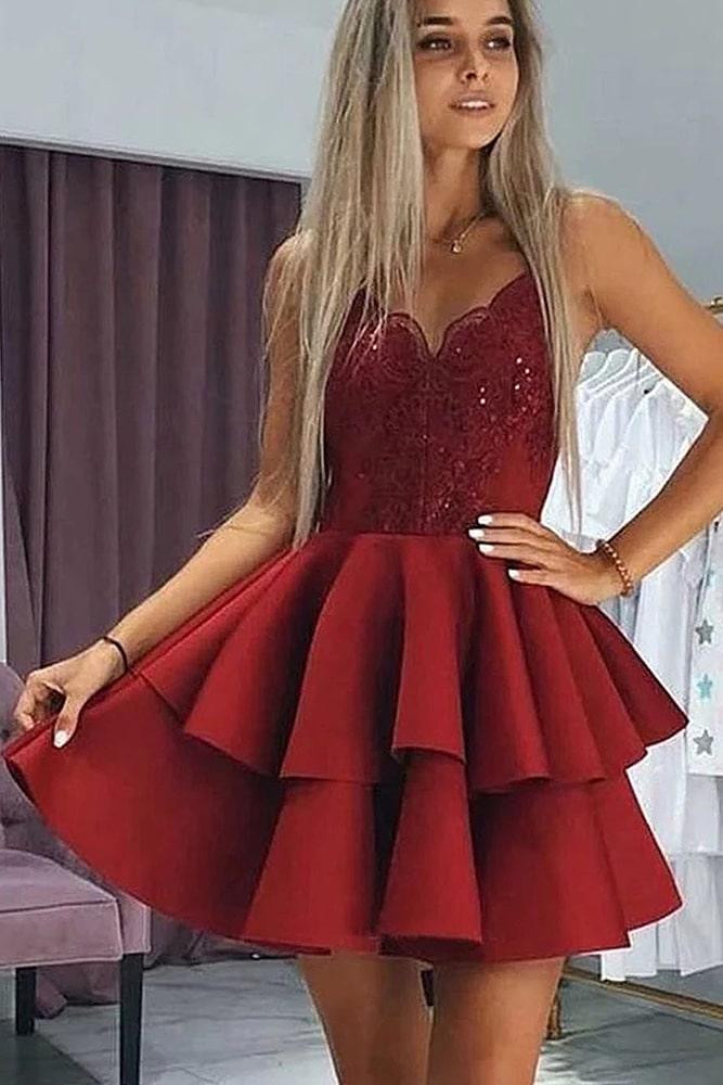 коктейльные платья алый