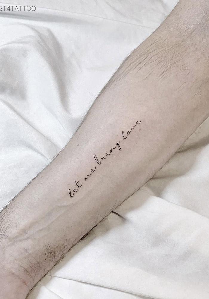 маленькие татуировки надпись