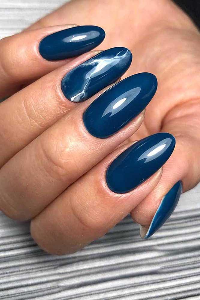 модный маникюр синий