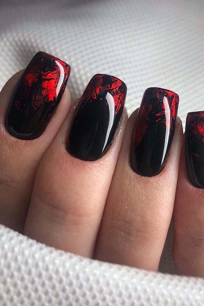модный маникюр черно-красный