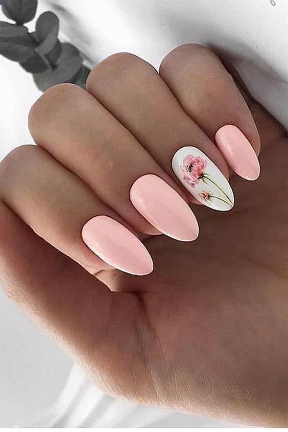 матовый маникюр цветочный дизайн розовый