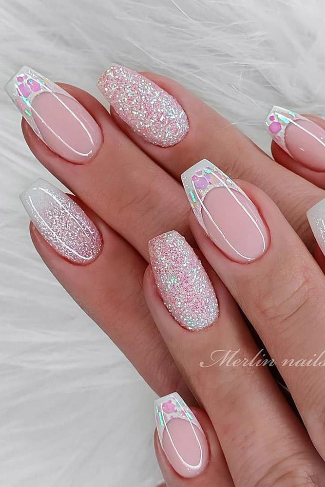 новогодний-маникюр френч розовые блестки